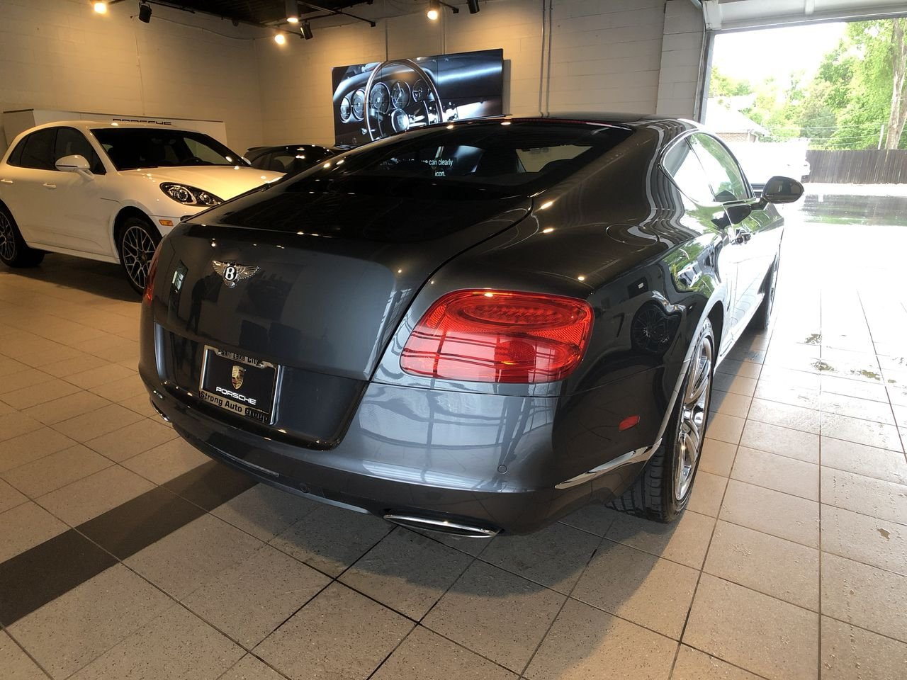 Pre-Owned 2012 Bentley Continental GT