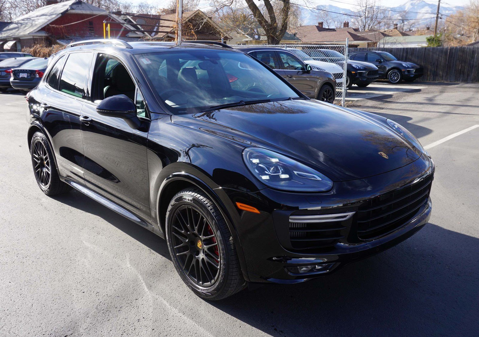 certified pre owned 2017 porsche cayenne gts sport utility. Black Bedroom Furniture Sets. Home Design Ideas